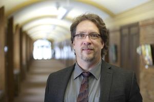 Faculty: In Their Own Words – Dr. Delmar Epp