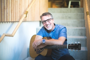 CMU to honour musician Steve Bell with 2018 PAX Award