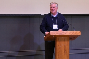 Dr. Thomas Long speaks at CMU ReNew conference