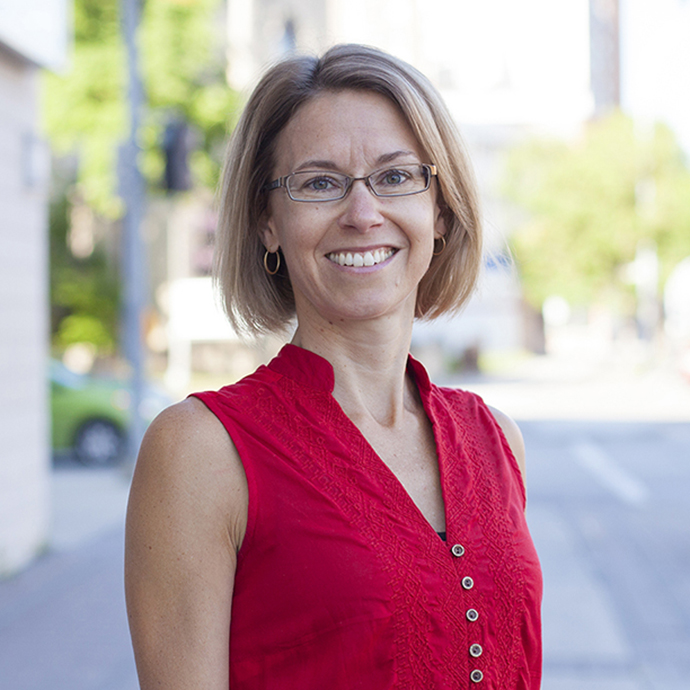 Gina Loewen, Academic Advisor